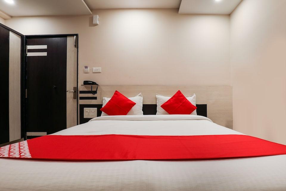 OYO 9804 Hotel SR Residency, Governorpet Vijayawada, Vijayawada