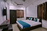 OYO 9969 Hotel Kshipra Dham
