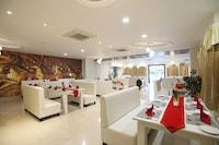 OYO 9972 Hotel Kingfisher