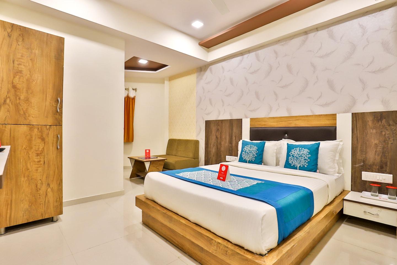 OYO 10265 Hotel Galaxy -1