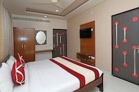 Capital O 10249 Hotel Gurukripa
