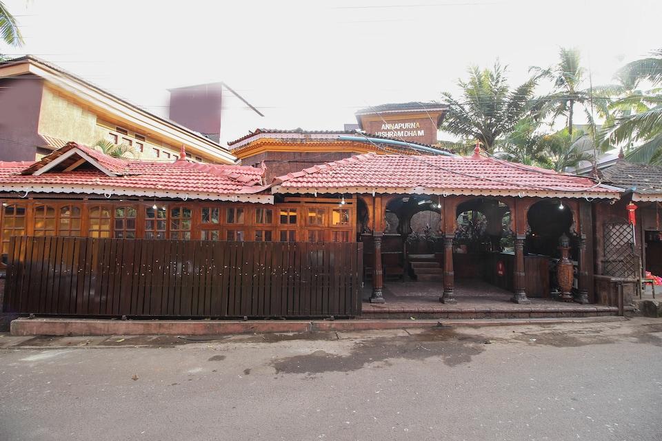 OYO Flagship 1008 Anjuna Vagator Goa