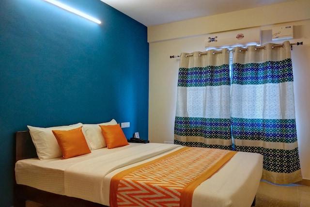 OYO 10446 Hotel 12 Degree West