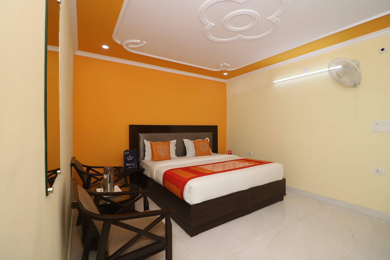 OYO 9809 Hotel Shree Residency