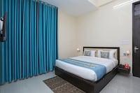 OYO 10317 Hotel Mock Orange