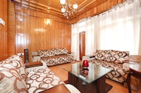 OYO Home 10746 2BHK Luxurious Cottage