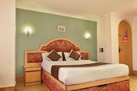 OYO 10068 Hotel Rathna