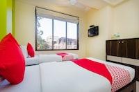 OYO 1369 Hotel Avista