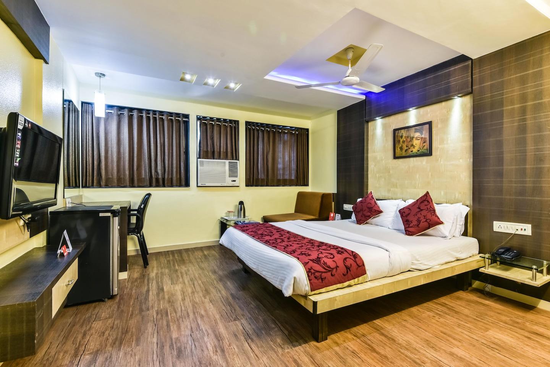 OYO 1370 Hotel Akash -1