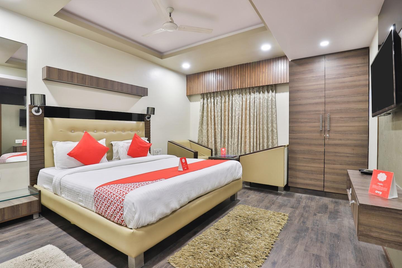 OYO 1376 Hotel Anjani inn -1