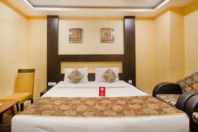 OYO 10168 Hotel AVS Sweet Magic