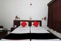 Capital O 1382 Mohan Hotel Deluxe