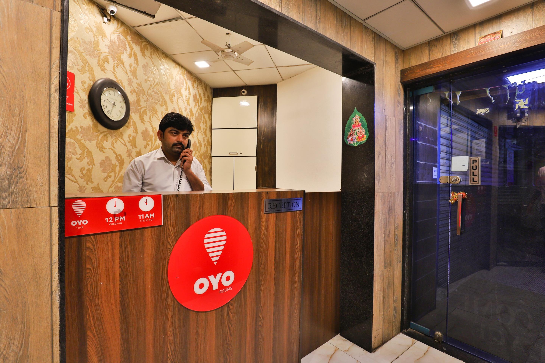 OYO 1386 Hotel Welcome Palace