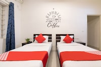 OYO 10026 Hotel Kings Suites