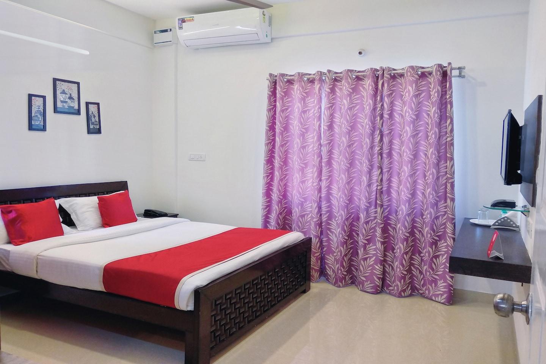 OYO 10026 Hotel Kings Suites -1