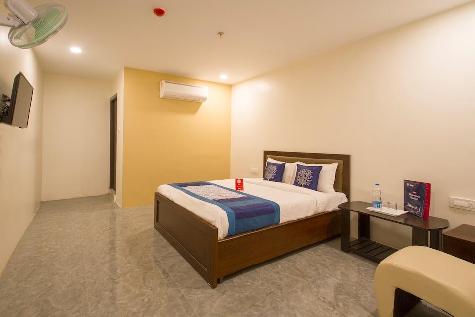 OYO 10225 Hotel Sree Chandana
