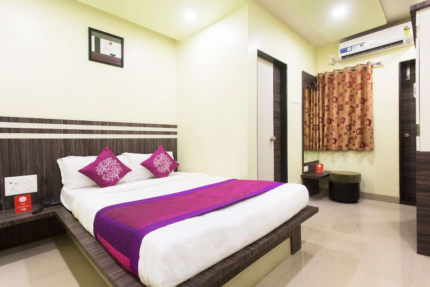 OYO 10078 Hotel Shriniwas Executive -1