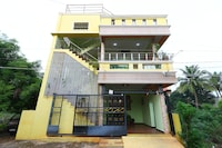 OYO 10095 Green View 3BHK