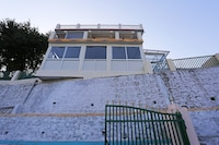 OYO Home 10769 Duplex 2BHK