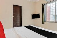 Capital O 10329 Hotel Truvic