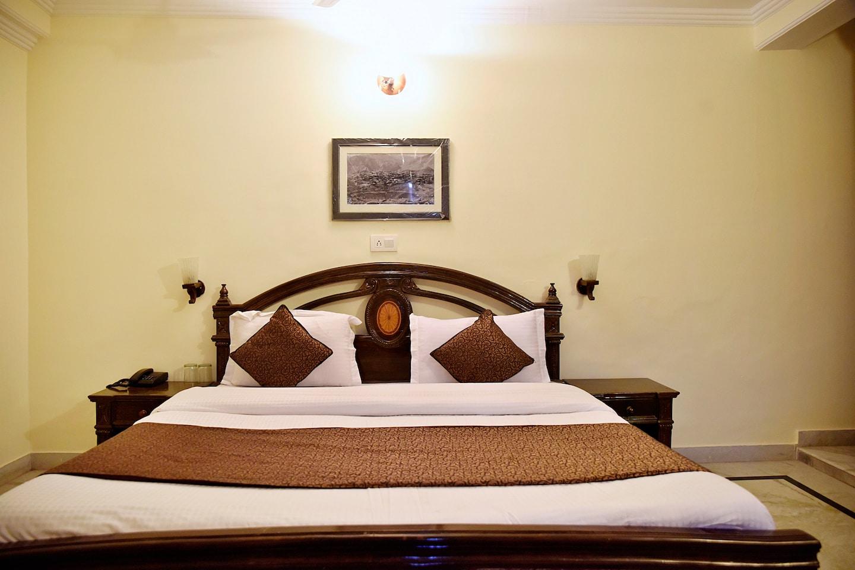 OYO 10432 Hotel Swaran Palace -1