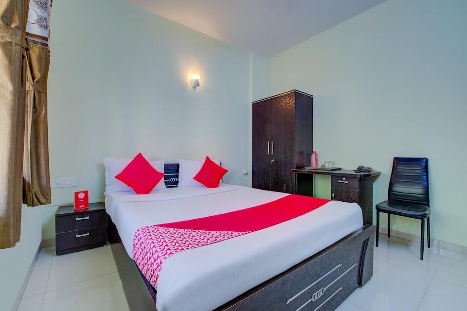OYO 10221 Hotel E Serai