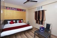 OYO 10137 Hotel Vaishnavi