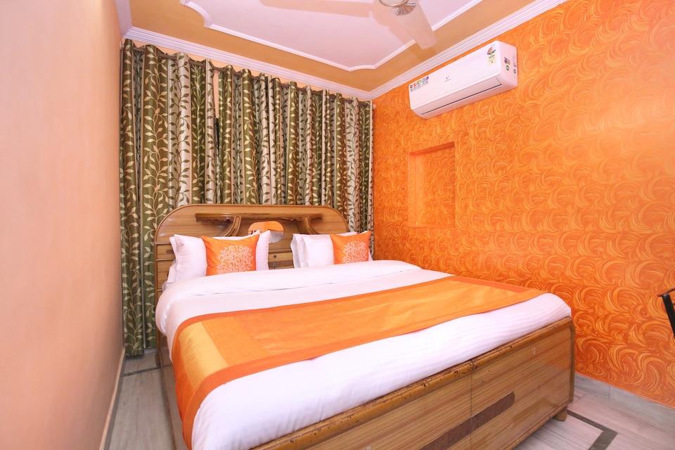 OYO 10384 Hotel Rajesh Palace, South Chandigarh, Chandigarh