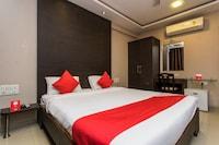 OYO 13414 Hotel Ambrosia