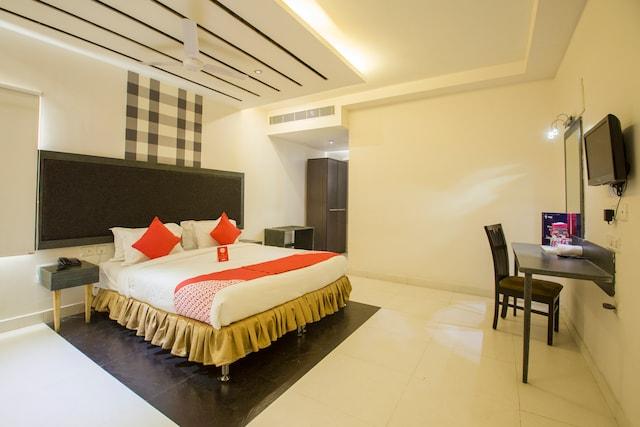OYO 10139 Hotel Palak Residency