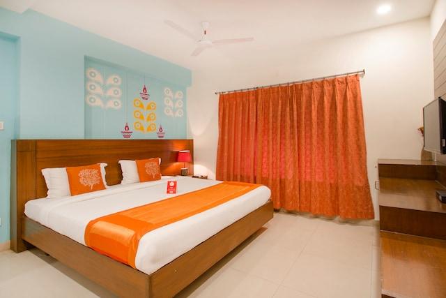 OYO 10593 Hotel Garden View Inn