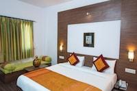 OYO 10323 Hotel Gorbandh