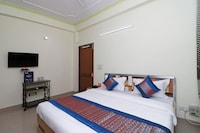 OYO 10071 Go Rooms Sector 45