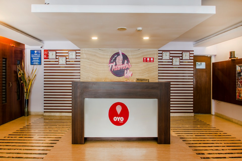 OYO 1410 Country Club Begumpet