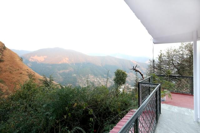 OYO Home 10305 1 BHK Himsutra Bhattakufar