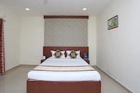 OYO 10271 Hotel Guest INN