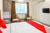 OYO 10678 Hotel Nandanvan