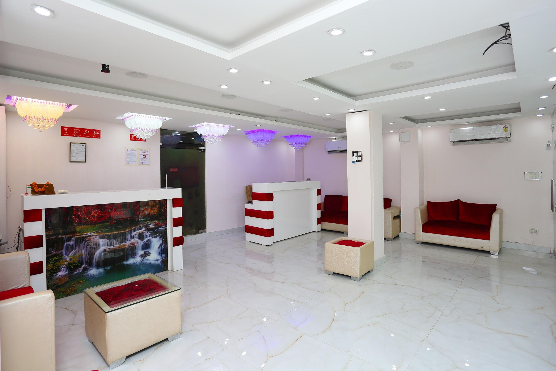 OYO 10381 Hotel Aamantran Inn