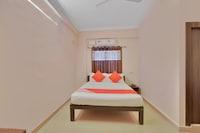 OYO 10523 Spandana Residency