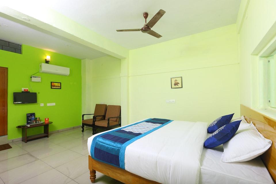 OYO 10449 Hotel Le Sai
