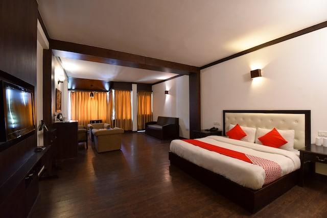 Capital O 1430 Hotel Whispering Inn