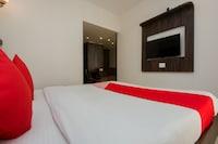 OYO 10650 Hotel Lotus Residency