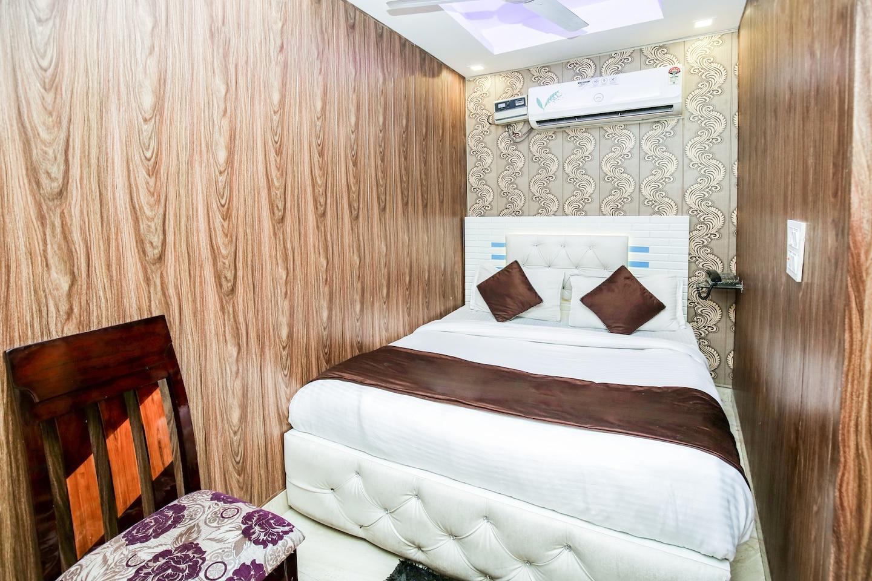 OYO 10558 Hotel Qlark -1