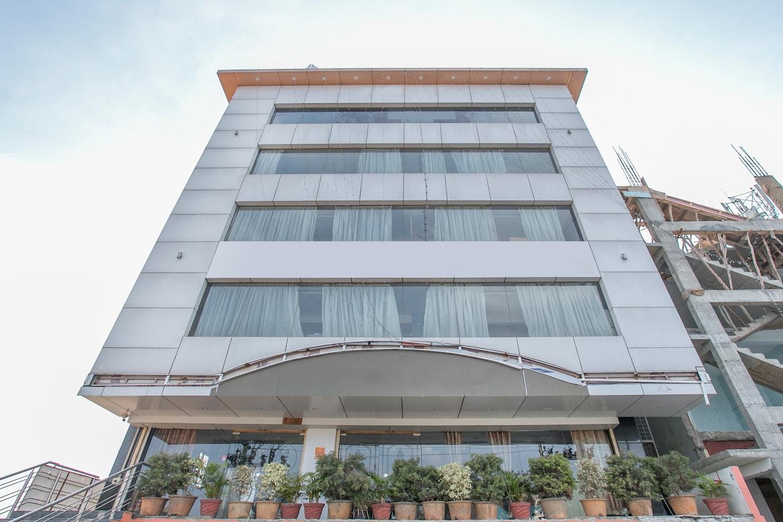 Oyo 1435 Hotel Millennium Plaza Bangalore