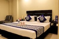 Hotel Raj Villa 230