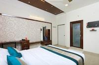 OYO 10701 Moukthi Apartment