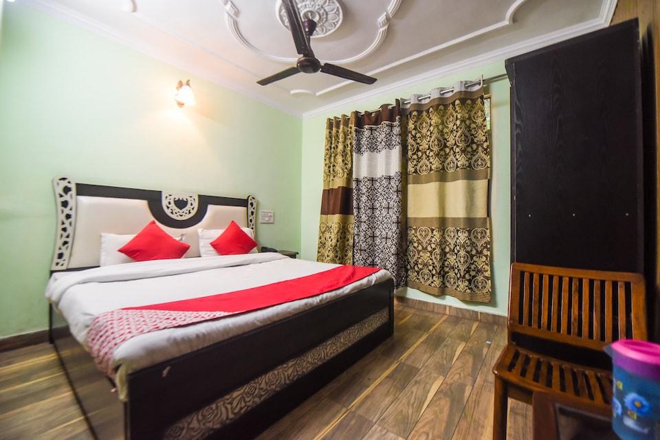OYO 10566 Hotel Shanti Guest House