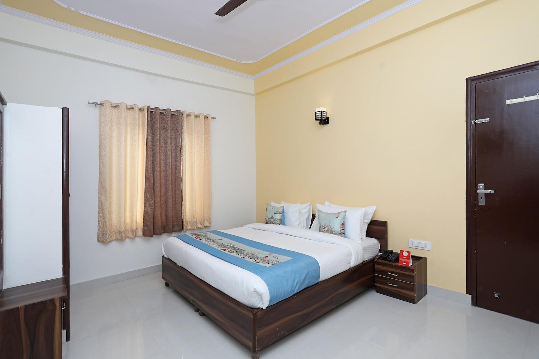 OYO 10603 Hotel Mahima Palace -1