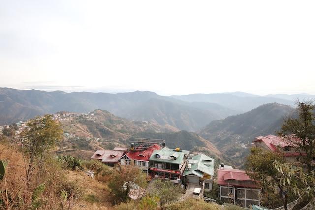 OYO 10410 Home Mountain View Panthaghati