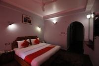 OYO 1448 Hotel Silverine